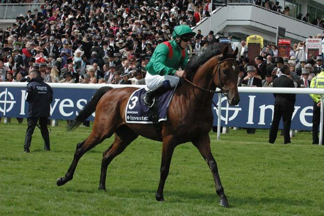 Ebanoran running in the Investec Derby (Group 1)