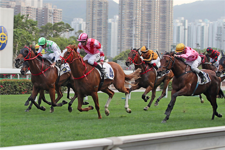 SIMPLY BRILLIANT winning the Lung Cheung Hcp.