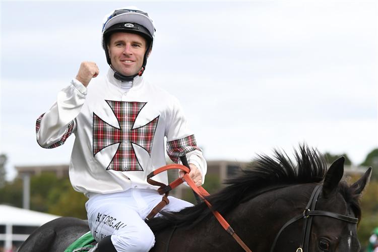 Jockey : TOMMY BERRY legs aboard Green Flash on Saturday