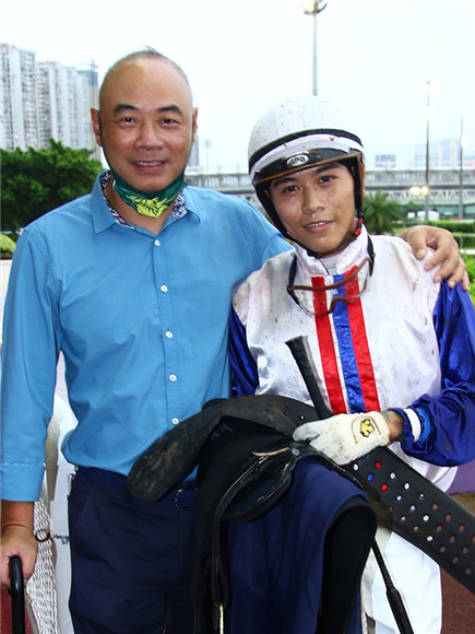 Trainer Sio Cheong and Eric Cheung