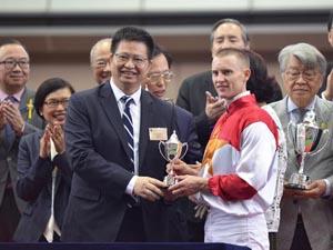 700 Hong Kong Winners For Purton
