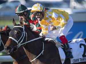 Comin' Through winning the Doomben Cup