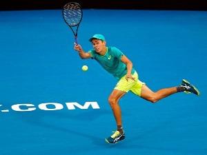 ALEX de MINAUR of Australia plays a forehand against Daniil Medvedev of Russia during the 2018 Sydney International at Sydney Olympic Park Tennis Centre in Australia.