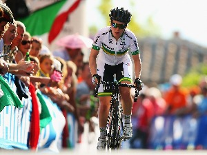 AMANDA SPRATT of Australia in action during the Elite Women's Road Race in Florence, Italy.