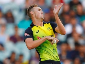 BILLY STANLAKE of Australia bowls during the International Twenty20 series between Australia and England at MCG in Melbourne, Australia.