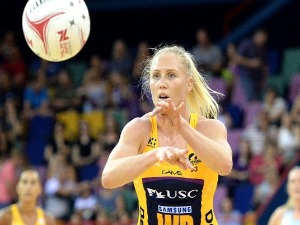 LAURA LANGMAN of the Lightning passes the ball during the Super Netball match between the Lightning and the Magpies at Brisbane EC in Brisbane, Australia.