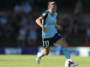 LISA DE VANNA of Sydney FC in action during the W-League semi final match between Sydney FC and the Newcastle Jets at Leichhardt Oval in Sydney, Australia.