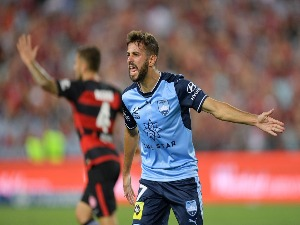 MICHAEL ZULLO of Sydney reacts to the referee during the A-League match between the Western Sydney Wanderers and Sydney FC at ANZ Stadium in Sydney, Australia.