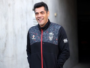 Warriors coach STEPHEN KEARNEY arrives to speak to media during a New Zealand Warriors NRL media session at Mt Smart Stadium in Auckland, New Zealand.