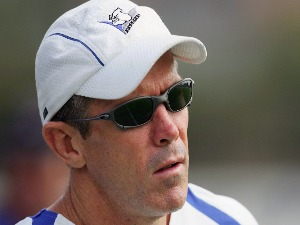 STEVE FOLKES looks on during a Bulldogs training session at Belmore Sports Ground in Sydney, Australia.