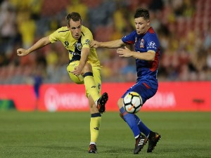 WOUT BRAMA of the Mariners reacts to a referees decision during the A-League match between the Central Coast Mariners and the Brisbane Roar at Central Coast Stadium in Gosford, Australia.