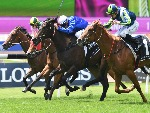 Kiamichi (centre) wins at Rosehill