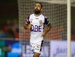 DIEGO CASTRO of the Glory celebrates a goal during the A-League match between the Newcastle Jets and the Perth Glory at McDonald Jones Stadium in Newcastle, Australia.