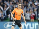 MATT MCKAY of the Roar runs with the ball during the A-League Semi Final match between Melbourne Victory and the Brisbane Roar at AAMI Park in Melbourne, Australia.