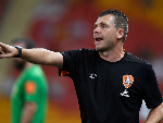 Roar coach DARREN DAVIES gestures during the A-League match between the Brisbane Roar and the Western Sydney Wanderers at Suncorp Stadium in Brisbane, Australia.