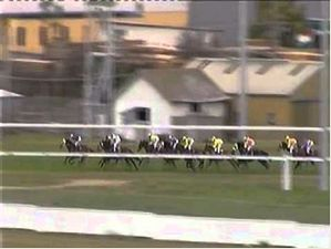 7-8-11-T-Launceston-Race 1.M4v